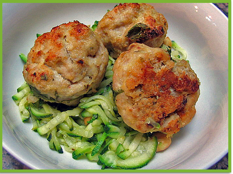 TURKEY MEATBALLS: HEALTHY, QUICK, AND TASTY | Bewitching Kitchen