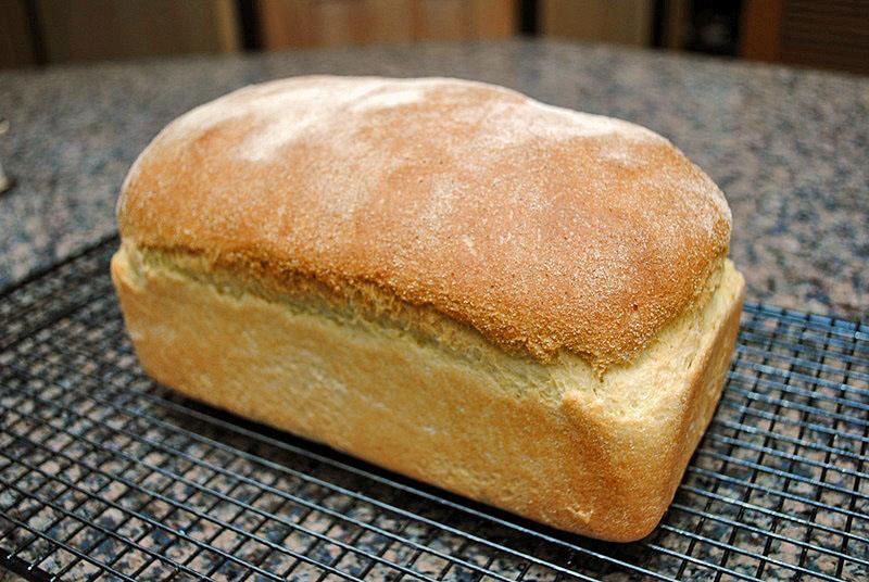 GOLDEN SANDWICH BREAD | Bewitching Kitchen
