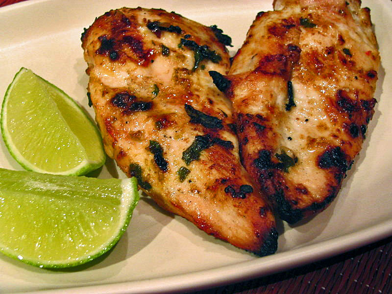 THAI CHICKEN BREASTS WITH HERB-LEMONGRASS CRUST