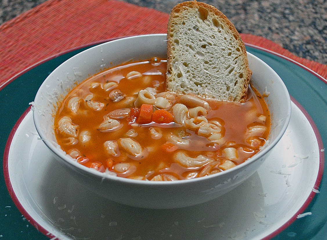 Pasta e Fagioli (Olive Garden Copycat) by Chew Out Loud @FoodBlogs