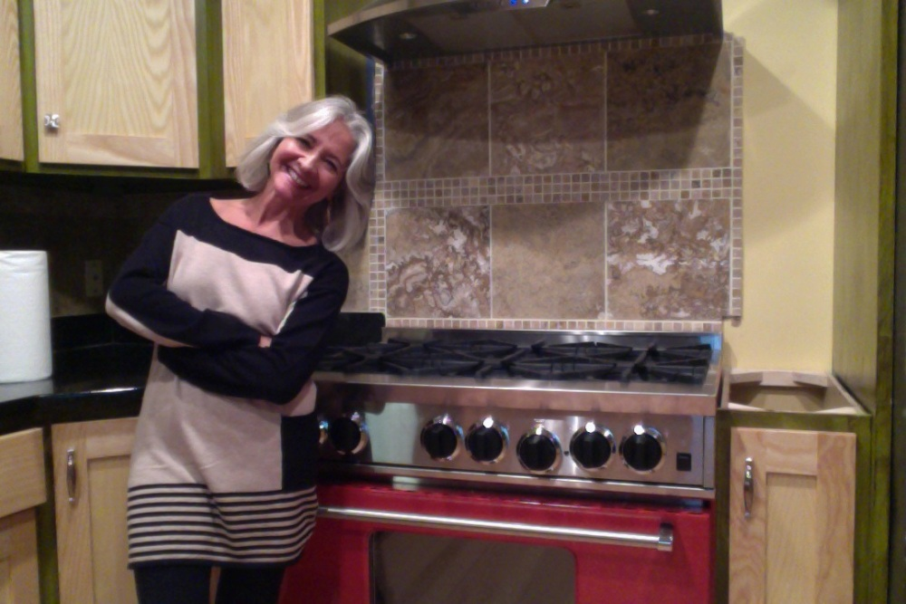 BEWITCHING KITCHEN ON FIRE (3/3)