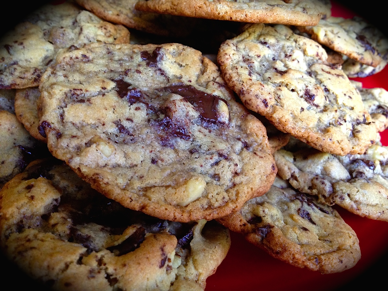 BEST THING I EVER MADE: CHOCOLATE CHIP COOKIES | Bewitching Kitchen