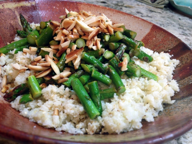 Cauli-Rice with Asparagus and Almonds