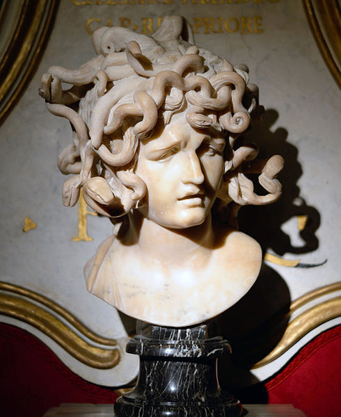 Medusa_head_by_Gianlorenzo_Bernini_in_Musei_capitolini